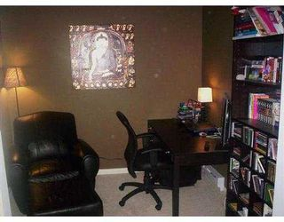 "Photo 4: 3033 TERRAVISTA Place in Port Moody: Port Moody Centre Condo for sale in ""GLENMORE"" : MLS®# V622870"