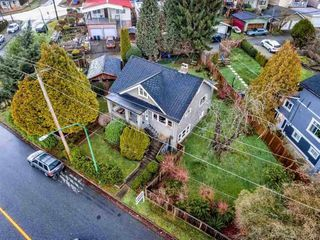 Main Photo: 3801 NAPIER Street in Burnaby: Willingdon Heights House for sale (Burnaby North)  : MLS®# R2409414