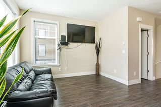 """Photo 3: 8 6088 BERESFORD Street in Burnaby: Metrotown Townhouse for sale in """"HIGHLAND PARK"""" (Burnaby South)  : MLS®# R2417079"""