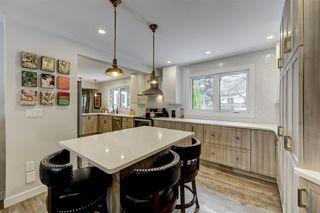 Photo 8: 548 WAHSTAO Road in Edmonton: Zone 22 House for sale : MLS®# E4185817