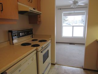 Photo 3: 113, 20 Alpine Place in St. Albert: Condo for rent