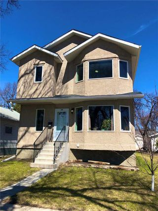 Photo 1: 309 Melbourne Avenue in Winnipeg: East Kildonan Residential for sale (3D)  : MLS®# 202008894
