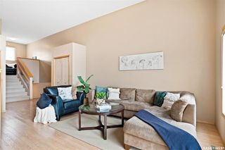 Photo 2: 266 Mount Royal Place in Regina: Mount Royal RG Residential for sale : MLS®# SK808525