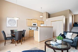 Photo 4: 266 Mount Royal Place in Regina: Mount Royal RG Residential for sale : MLS®# SK808525