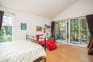 """Photo 19: 967 HERITAGE Boulevard in North Vancouver: Seymour NV Townhouse for sale in """"HERITAGE IN THE WOODS"""" : MLS®# R2488436"""