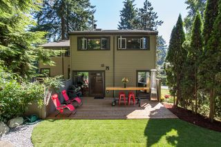 """Photo 1: 967 HERITAGE Boulevard in North Vancouver: Seymour NV Townhouse for sale in """"HERITAGE IN THE WOODS"""" : MLS®# R2488436"""