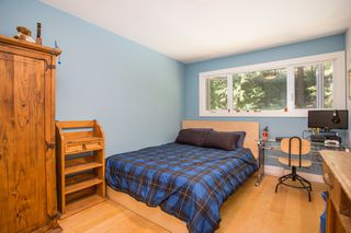 """Photo 23: 967 HERITAGE Boulevard in North Vancouver: Seymour NV Townhouse for sale in """"HERITAGE IN THE WOODS"""" : MLS®# R2488436"""