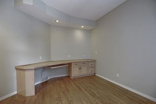 Photo 12: 22 Shawnee Crescent SW in Calgary: Shawnee Slopes Detached for sale : MLS®# A1044205