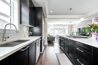 """Photo 8: 178 16488 64 Avenue in Surrey: Cloverdale BC Townhouse for sale in """"HARVEST AT BOSE FARMS"""" (Cloverdale)  : MLS®# R2413992"""
