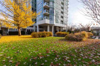 """Photo 20: GR-3J 1077 MARINASIDE Crescent in Vancouver: Yaletown Condo for sale in """"Marinaside Resort"""" (Vancouver West)  : MLS®# R2420245"""