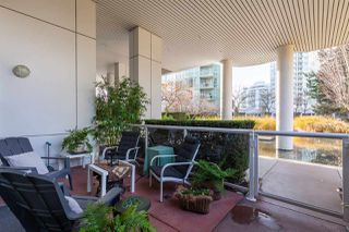 """Photo 18: GR-3J 1077 MARINASIDE Crescent in Vancouver: Yaletown Condo for sale in """"Marinaside Resort"""" (Vancouver West)  : MLS®# R2420245"""