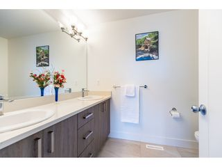 """Photo 16: 47 34230 ELMWOOD Drive in Abbotsford: Central Abbotsford Townhouse for sale in """"TEN OAKS"""" : MLS®# R2437003"""