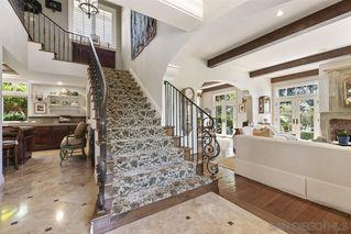 Photo 3: LA JOLLA House for sale : 3 bedrooms : 7731 Lookout Dr