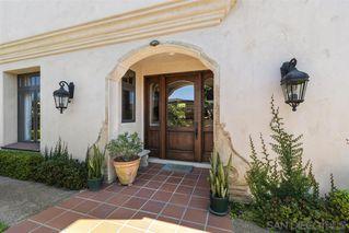 Photo 2: LA JOLLA House for sale : 3 bedrooms : 7731 Lookout Dr