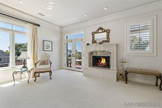Photo 12: LA JOLLA House for sale : 3 bedrooms : 7731 Lookout Dr