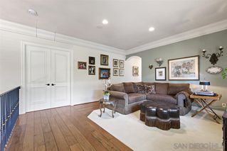 Photo 10: LA JOLLA House for sale : 3 bedrooms : 7731 Lookout Dr