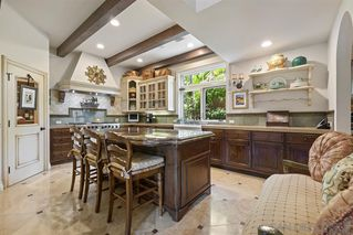 Photo 8: LA JOLLA House for sale : 3 bedrooms : 7731 Lookout Dr