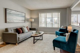 Photo 3: 47 BRIDLEPOST Green SW in Calgary: Bridlewood Detached for sale : MLS®# C4296082