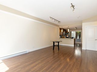 Photo 3: 114 2110 ROWLAND Street in Port Coquitlam: Central Pt Coquitlam Condo for sale : MLS®# R2500858