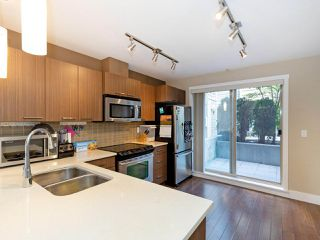 Photo 7: 114 2110 ROWLAND Street in Port Coquitlam: Central Pt Coquitlam Condo for sale : MLS®# R2500858