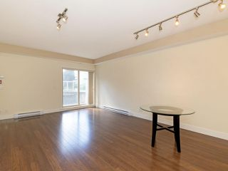Photo 6: 114 2110 ROWLAND Street in Port Coquitlam: Central Pt Coquitlam Condo for sale : MLS®# R2500858