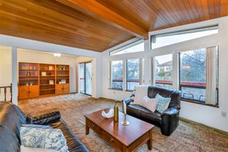Photo 4: 2935 E 3RD Avenue in Vancouver: Renfrew VE House for sale (Vancouver East)  : MLS®# R2523751