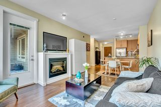 """Photo 4: 304 139 W 22ND Street in North Vancouver: Central Lonsdale Condo for sale in """"ANDERSON WALK"""" : MLS®# R2526044"""