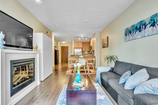 """Photo 3: 304 139 W 22ND Street in North Vancouver: Central Lonsdale Condo for sale in """"ANDERSON WALK"""" : MLS®# R2526044"""