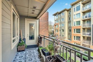 """Photo 17: 304 139 W 22ND Street in North Vancouver: Central Lonsdale Condo for sale in """"ANDERSON WALK"""" : MLS®# R2526044"""