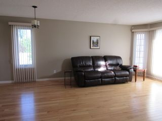 Photo 6: 6 Olympia Court: St. Albert House for sale : MLS®# E4167787