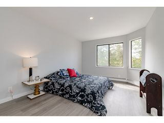 "Photo 13: 203 1720 SOUTHMERE Crescent in Surrey: Sunnyside Park Surrey Condo for sale in ""Capstan Way"" (South Surrey White Rock)  : MLS®# R2393847"