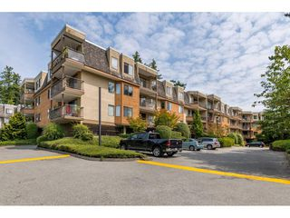 "Photo 1: 203 1720 SOUTHMERE Crescent in Surrey: Sunnyside Park Surrey Condo for sale in ""Capstan Way"" (South Surrey White Rock)  : MLS®# R2393847"