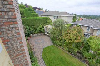 "Photo 17: 237 MORNINGSIDE Drive in Delta: Pebble Hill House for sale in ""MORNINGSIDE"" (Tsawwassen)  : MLS®# R2407277"