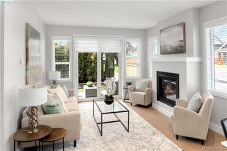 Photo 2: 2 10490 Resthaven Drive in SIDNEY: Si Sidney North-East Row/Townhouse for sale (Sidney)  : MLS®# 416164