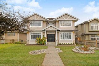 Photo 1: 6678 STRATHMORE Avenue in Burnaby: Highgate House for sale (Burnaby South)  : MLS®# R2418831