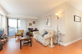 "Photo 3: 204 47 AGNES Street in New Westminster: Downtown NW Condo for sale in ""FRASER HOUSE"" : MLS®# R2433658"