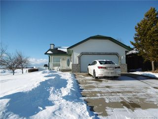 Photo 2: 4602 Rimwest Crescent in Rimbey: RY Rimbey Residential for sale (Ponoka County)  : MLS®# CA0188371