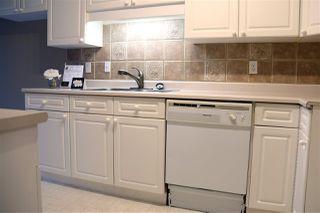 Photo 8: 17051 113 Street in Edmonton: Zone 27 House Half Duplex for sale : MLS®# E4189910