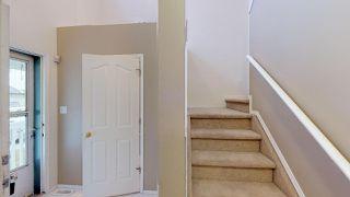 Photo 4: 17051 113 Street in Edmonton: Zone 27 House Half Duplex for sale : MLS®# E4189910