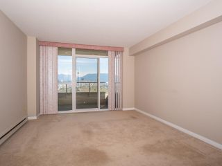 "Photo 11: 1707 6070 MCMURRAY Avenue in Burnaby: Forest Glen BS Condo for sale in ""LA MIRAGE"" (Burnaby South)  : MLS®# R2443753"