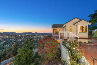 Photo 5: MOUNT HELIX House for sale : 3 bedrooms : 10064 Pandora Dr in La Mesa