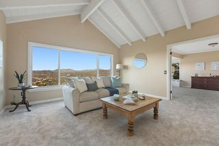 Photo 11: MOUNT HELIX House for sale : 3 bedrooms : 10064 Pandora Dr in La Mesa