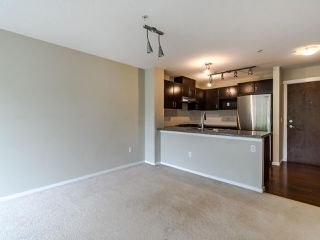 Photo 5: 316 3110 DAYANEE SPRINGS BOULEVARD in Coquitlam: Westwood Plateau Condo for sale : MLS®# R2496797