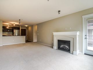 Photo 6: 316 3110 DAYANEE SPRINGS BOULEVARD in Coquitlam: Westwood Plateau Condo for sale : MLS®# R2496797