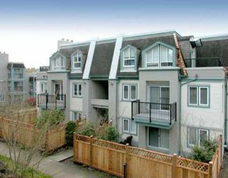 Main Photo: 86 215 BEGIN ST in Coquitlam: Maillardville Townhouse for sale : MLS®# V531997