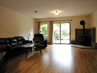 Photo 7: 12919 22A Avenue in Surrey: Crescent Bch Ocean Pk. House for sale (South Surrey White Rock)  : MLS®# F2623671