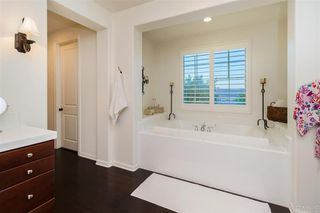 Photo 9: SAN MARCOS House for sale : 4 bedrooms : 1726 BURBURY WAY