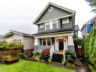 Main Photo: 1370 E 13TH Avenue in Vancouver: Grandview Woodland House 1/2 Duplex for sale (Vancouver East)  : MLS®# R2415143