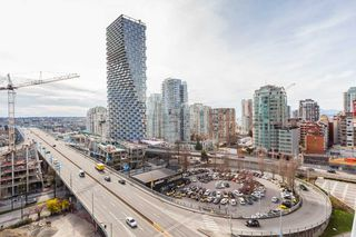 """Photo 8: 1310 1325 ROLSTON Street in Vancouver: Downtown VW Condo for sale in """"The Rolston"""" (Vancouver West)  : MLS®# R2417255"""
