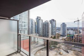 """Photo 7: 1310 1325 ROLSTON Street in Vancouver: Downtown VW Condo for sale in """"The Rolston"""" (Vancouver West)  : MLS®# R2417255"""
